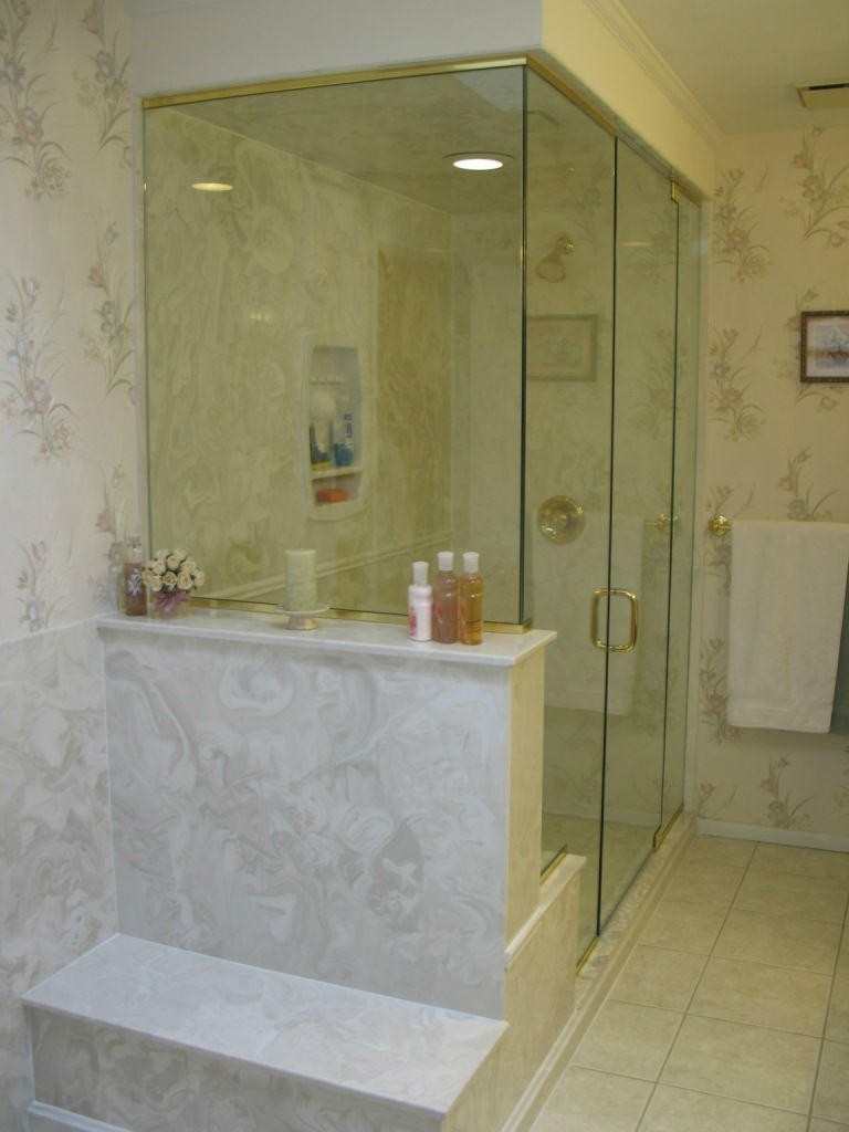 St. Louis bathroom remodeling picture 12