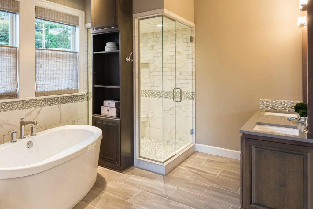 luxury bathroom in St Louis MO
