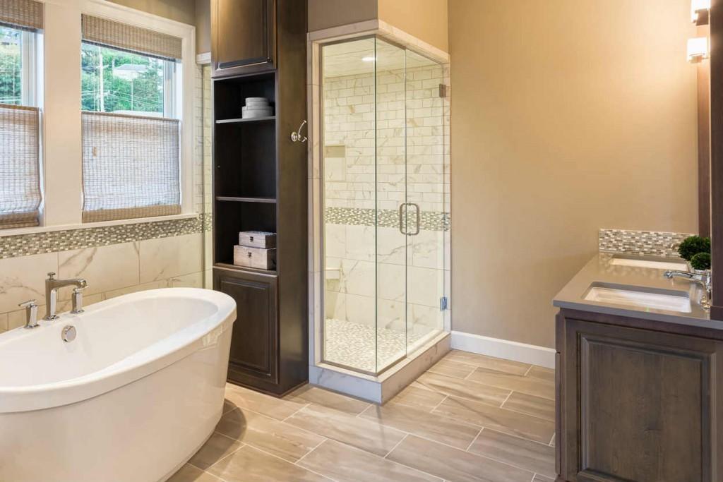 luxury bathroom in St Louis MO